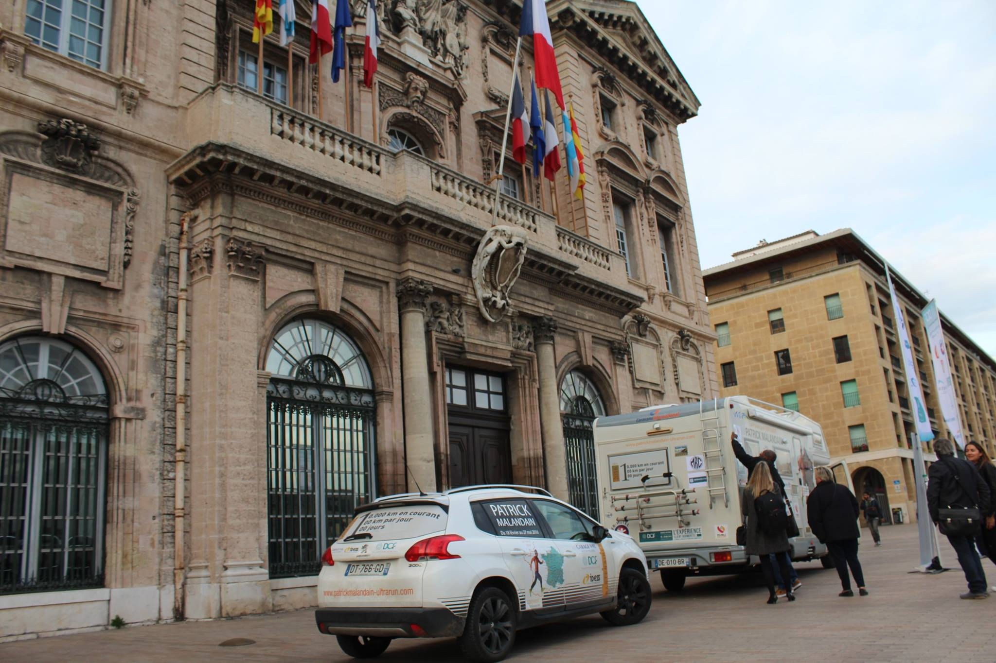 10000 kms etape 40 salon de provence marseille patrick malandain coureur longue distance - Marseille salon de provence ...